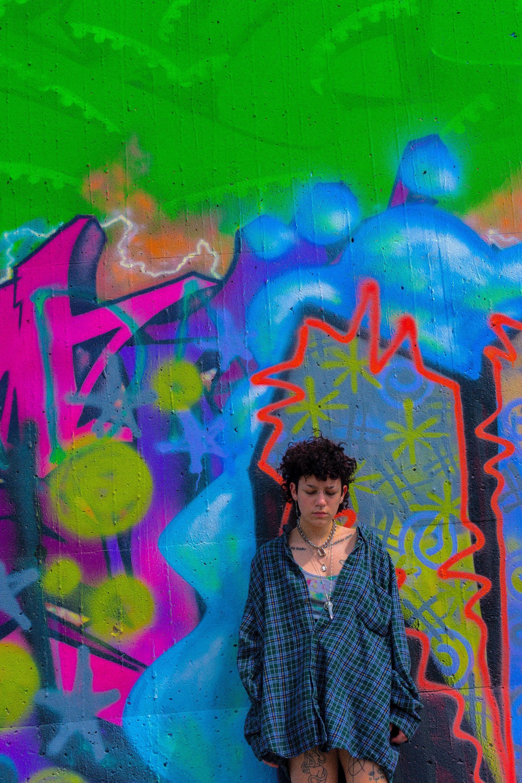 Anarchy Through Art: Li Zalis Captures Unconventional Beauty